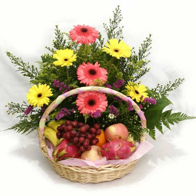 Gerbera Mixed with Fruits Basket Arrangement