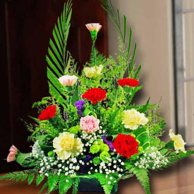 12 Carnation Mixed Table Arrangement