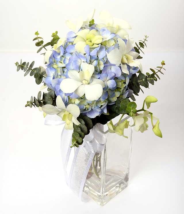 Blue Hydragea with White orchid and Eucalyptus Hand Bouquet ( need 3 days advance order )
