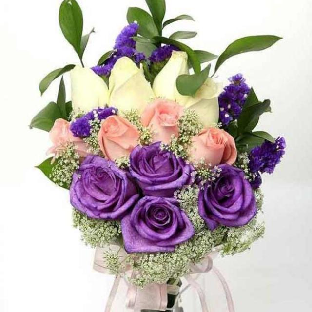 12 Roses ( 4Purple4Peach4White ) Babybreath and forget-me-not Hand bouquet