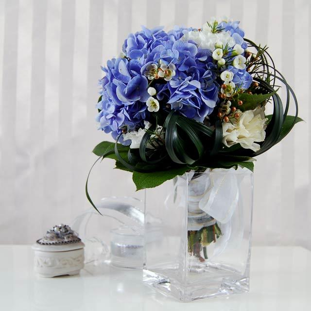 Blue  hydrageas Bouquet