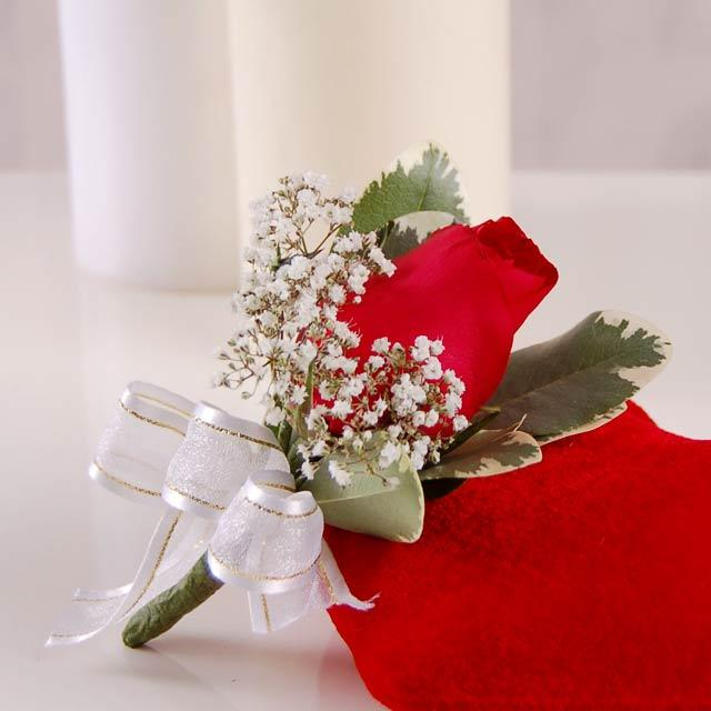 Red Rose Lapel Corsage ( Add-On Only, No Delivery )