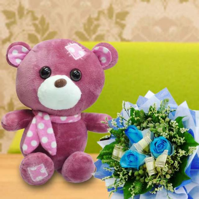 18cm Teddy Bear with 3 Blue Roses Handbouquet