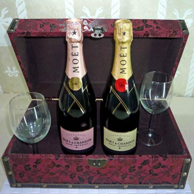 Moet & Chandon Brut Imperial champagne, Moet & Chandon Brut Imperial Rose champagne with Wine Glasse