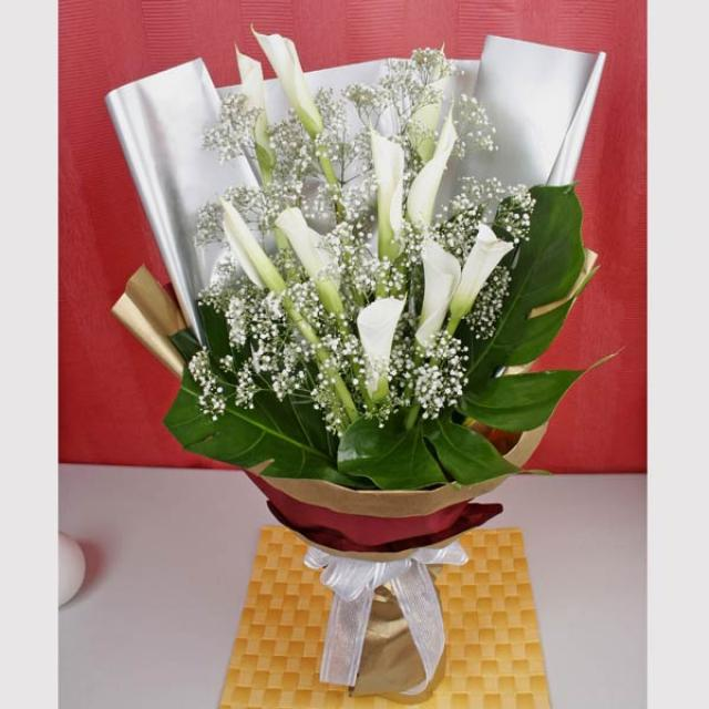 10 Cala Lily White Handbouquet ( Need 1 working Day Advance order )