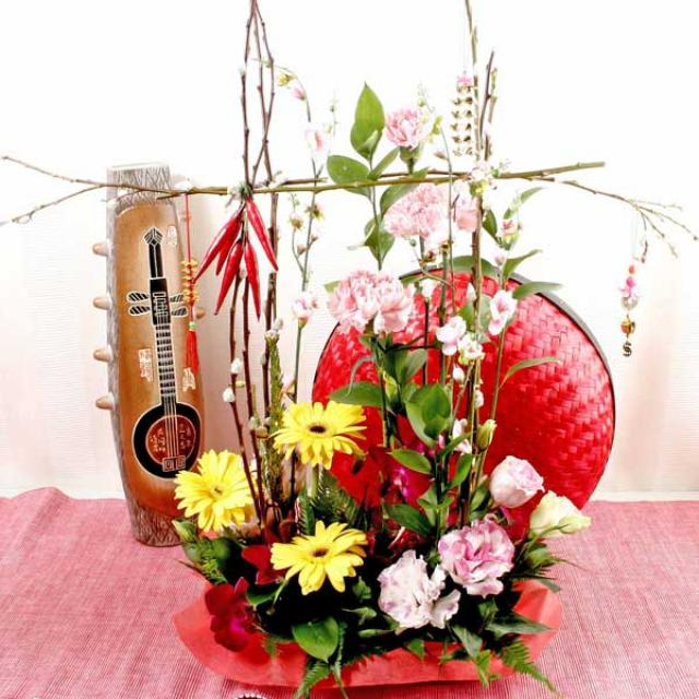New Year Flower Arrangement With Pussy Willow & new Year Decorations