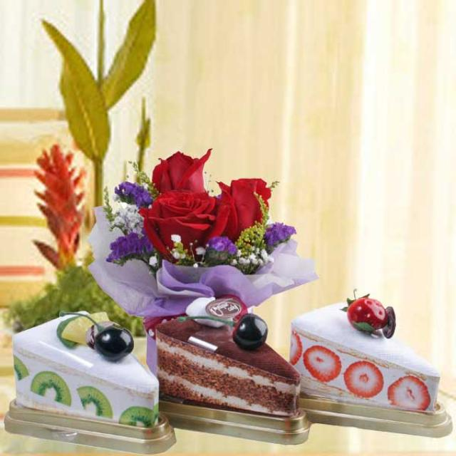 3 Towel Cakes Slice & 3 red roses Standing Bouquet.