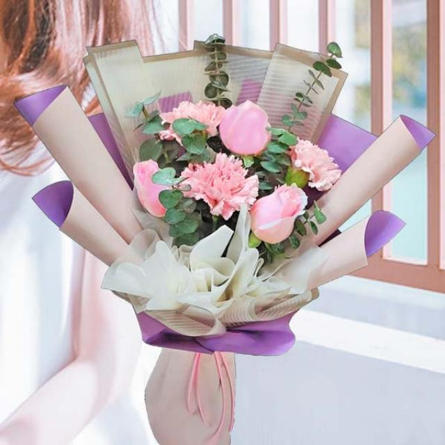 18 Red Carnation Table Arrangement in Plastic Container