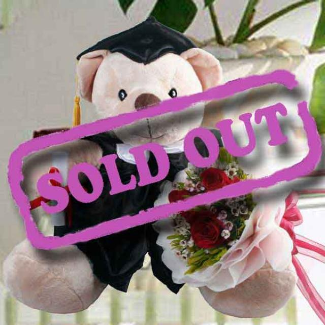 14inches Graduation Bear with 3 Red Rose Hand Bouquet