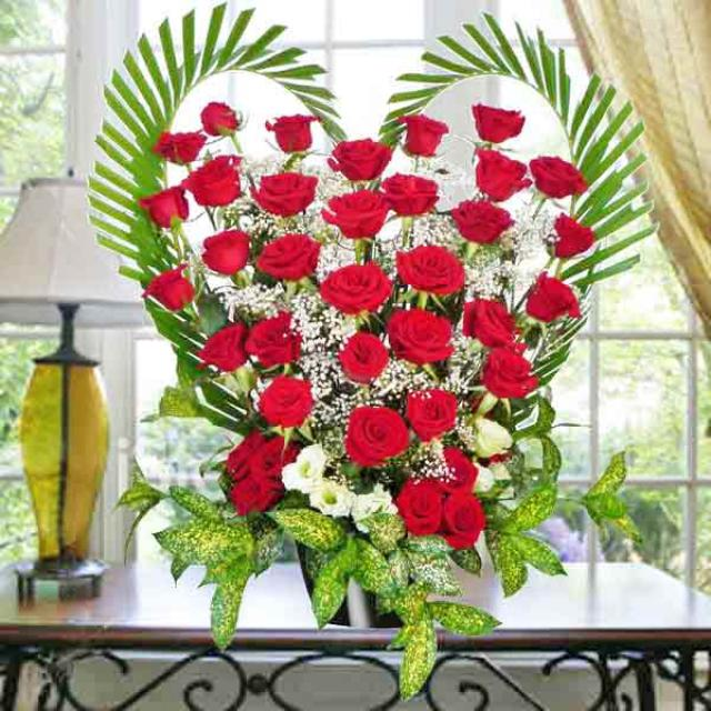 36 Red Roses Heart-Shape Table arrangement