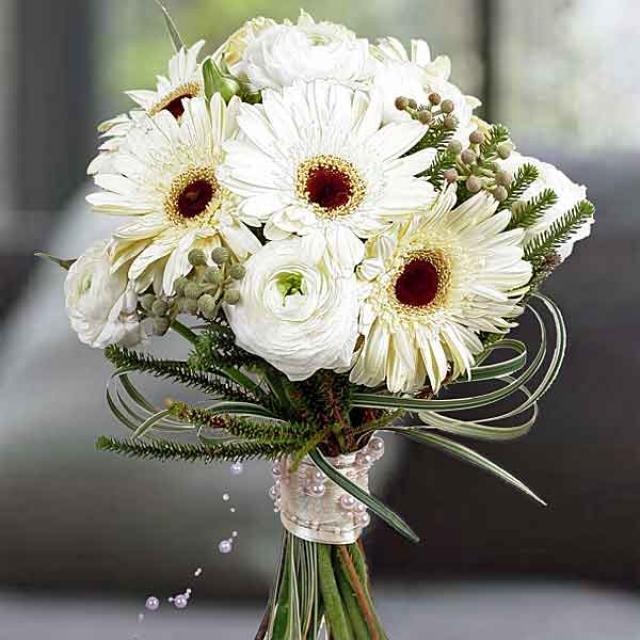White Ranunculus Gerbera Flowers Hand Bouquet