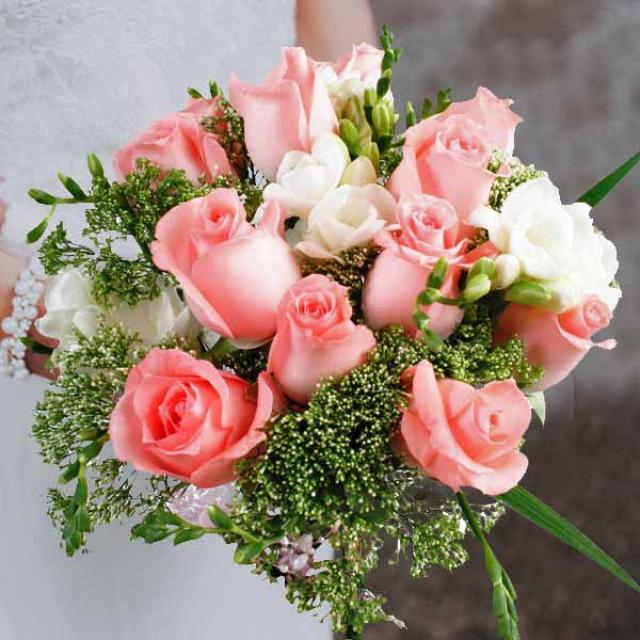 12 Peach Roses With Freesia Bouquet (3 Days Advance Order)