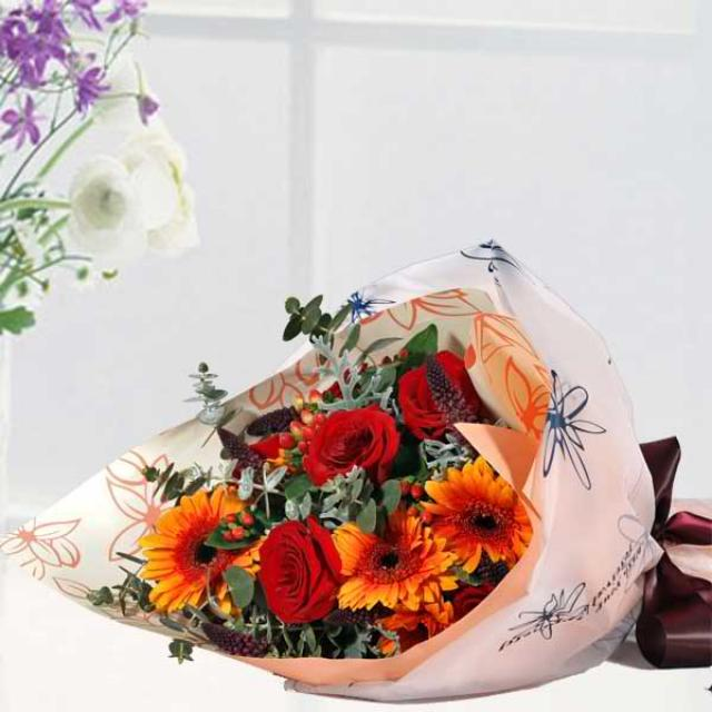 5 Red Roses & 5 Orange Gerbera Hand Bouquet