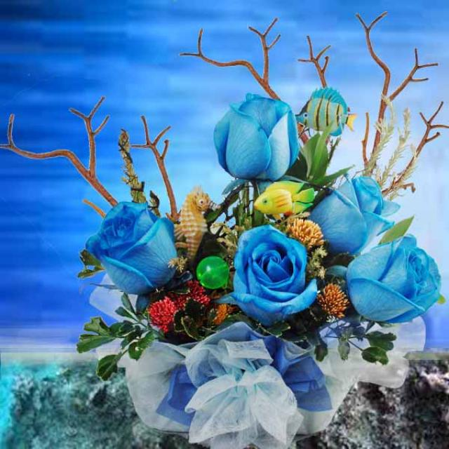 Blue Roses Reef Arrangement