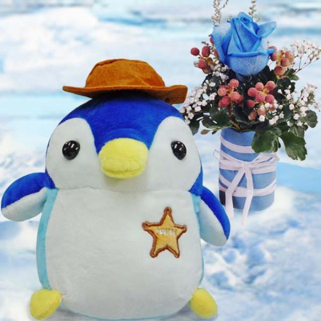 18cm Penguin with Blue Rose Bouquet