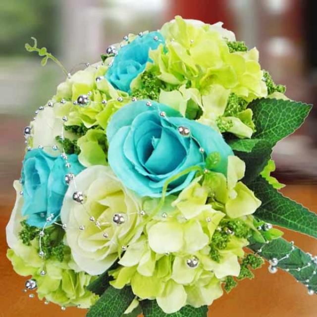 Artificial Roses ( 5 Blue 5 White ) & Hydrangeas Handbouquet