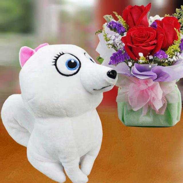18cm Snow-White Puppy & 3 Red Roses Standing Bouquet