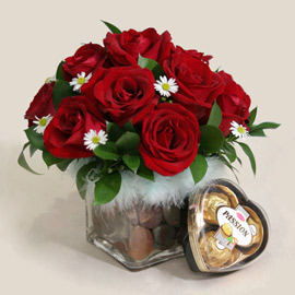 Red Roses in Glass Vase with 3 Chocolates