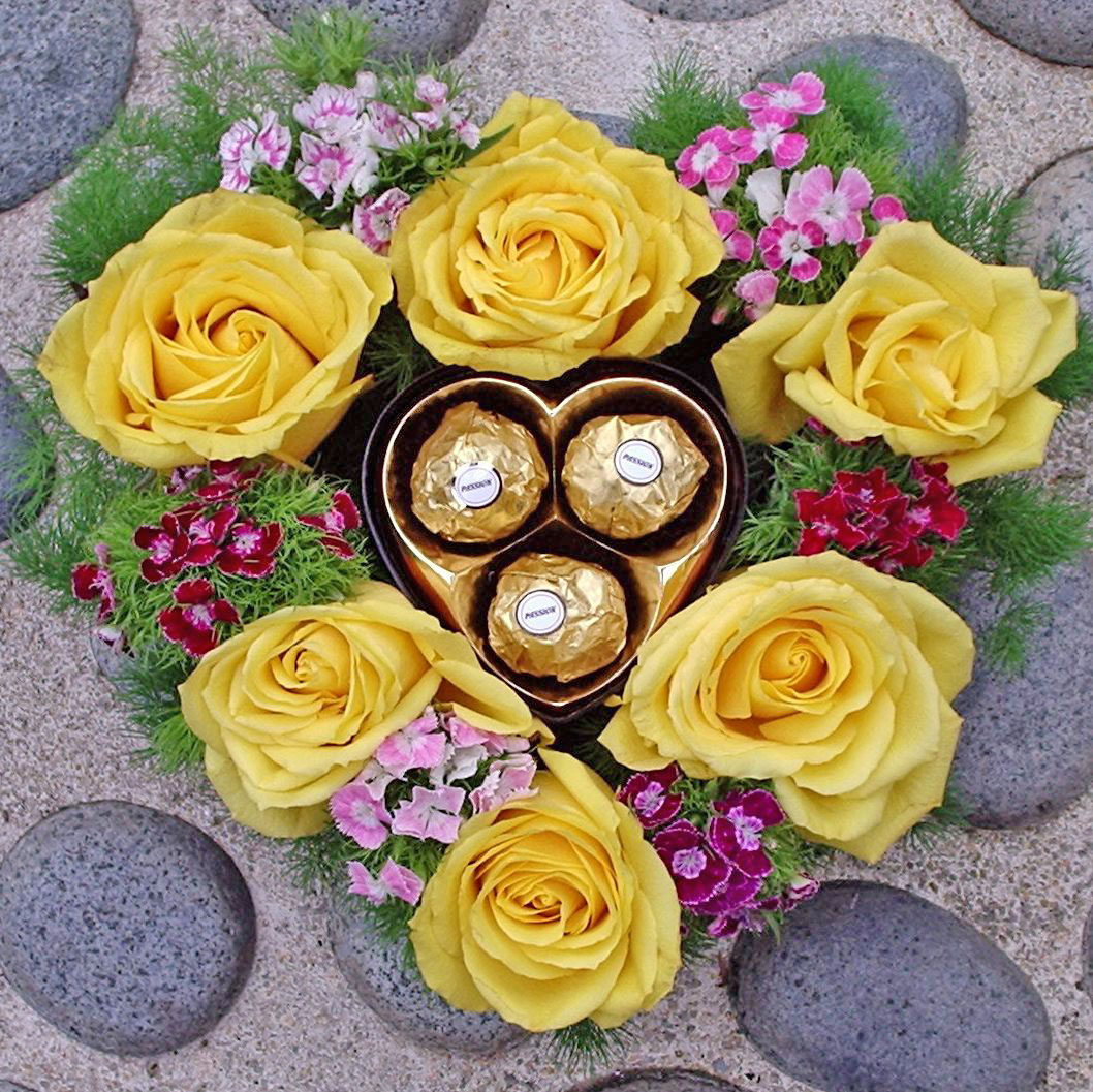 Yellow Roses Heart-Shape table arrangement with 3 chocolate