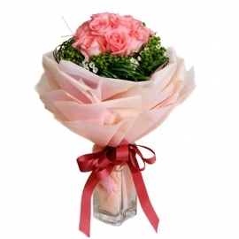 12 peach Roses Handbouquet Specially Wrap