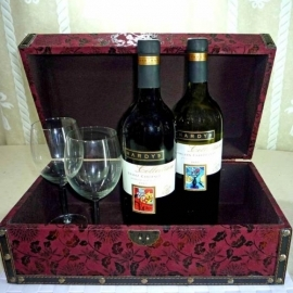 Australian Collection Wines ( 1 Red 1 White ) With Wine Glasses