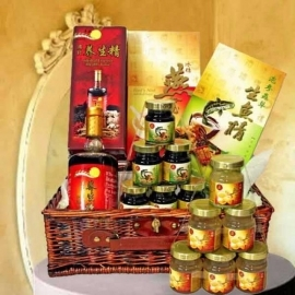 Halal-Hamper of 6 Bottles Of Bird's nest, Essence of Fish with Ginseng & Cordyceps Health Tonic