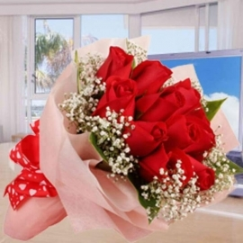 12 Red Roses With Baby Breath Hand Bouquet