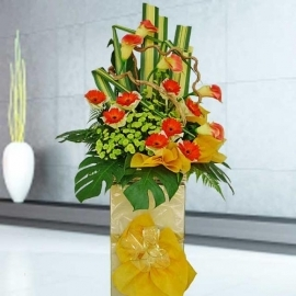 Artificial Orange Calla Lily & Fresh Gerbera Flower Opening Stand