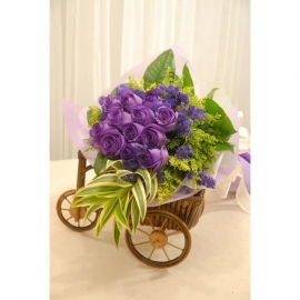 12 purple roses hand bouquet with forget-me-not